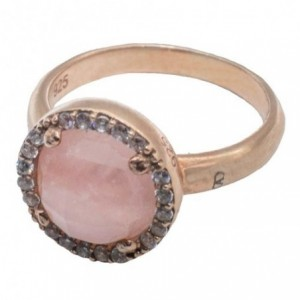 Rose gold ring and pink quartz